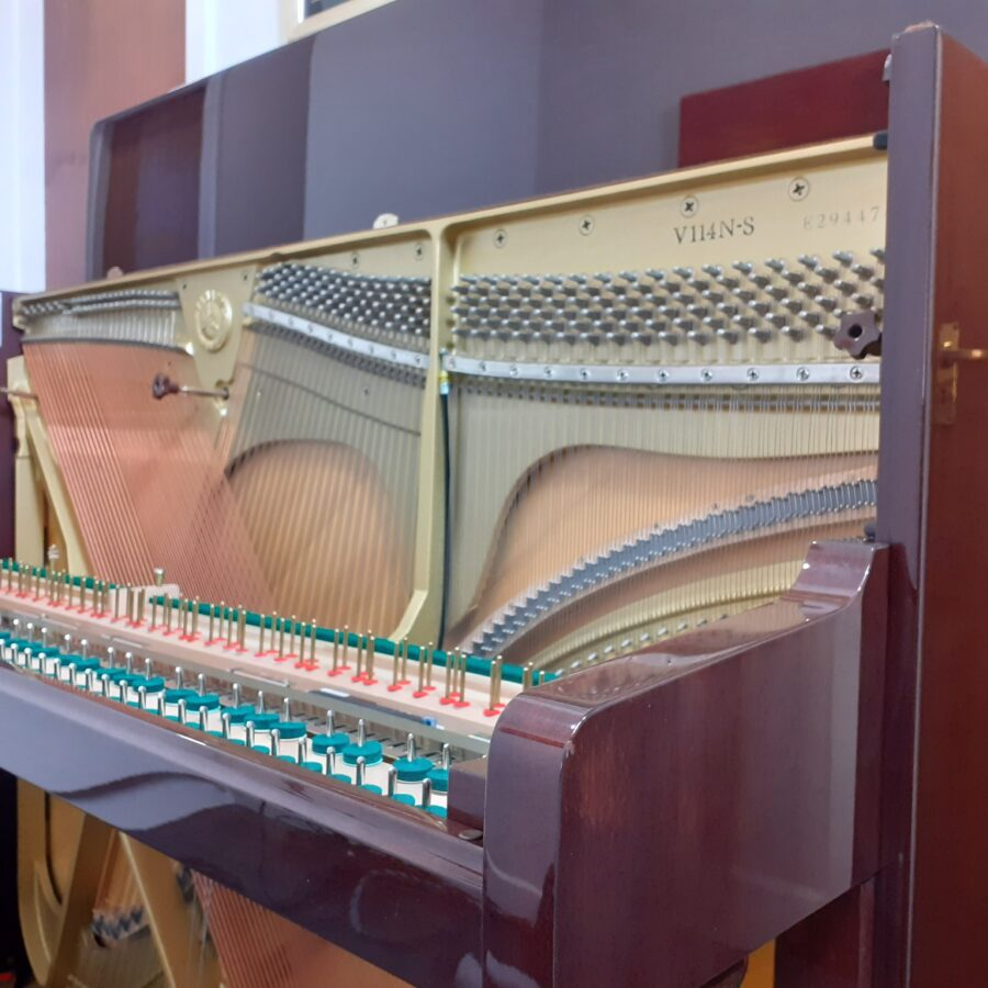Yamaha V114 NS Silent upright piano frame pic