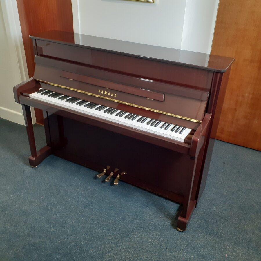 Yamaha V114 NS Silent upright piano mahogany finish
