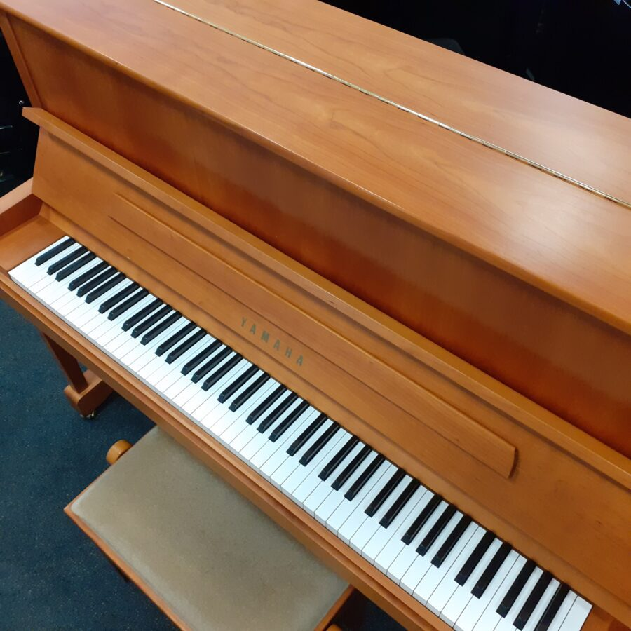 Yamaha P121 NT Upright Piano, SNC overview
