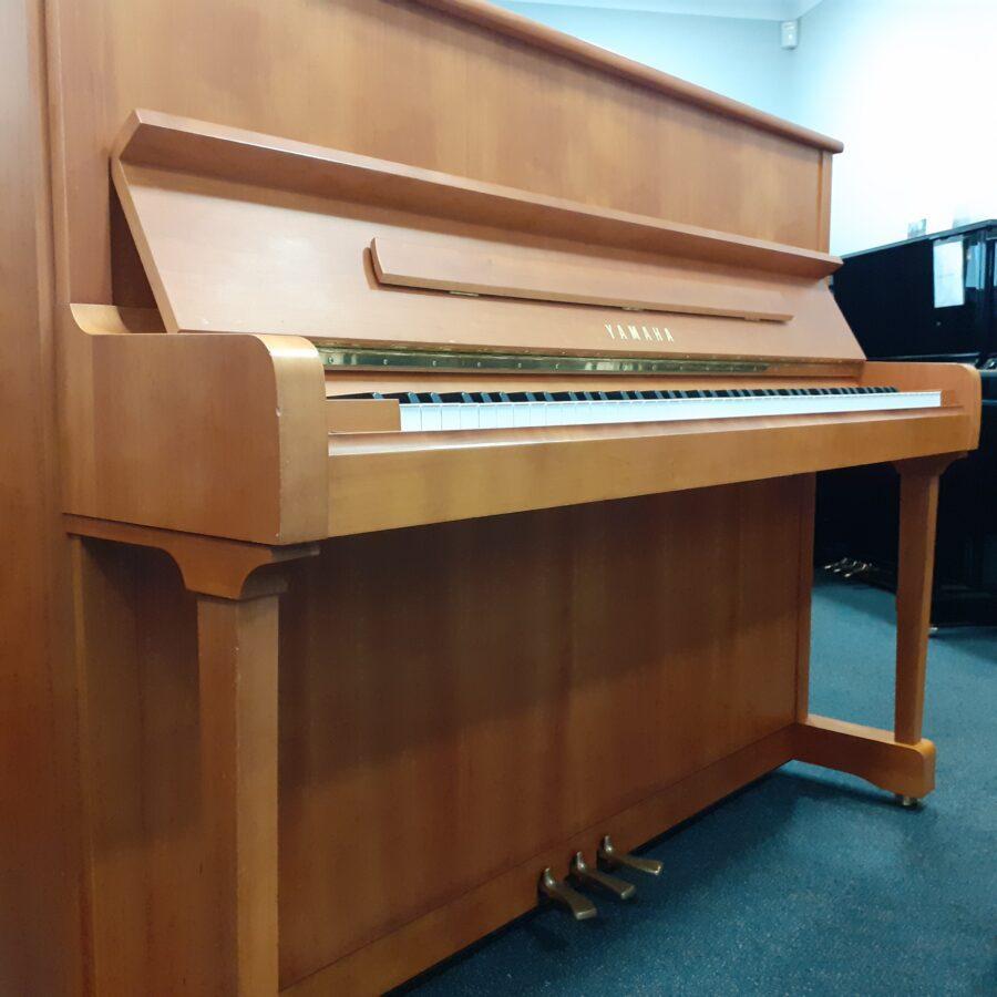 Yamaha P121 NT Upright Piano, SNC - UPRIGHT PIANO
