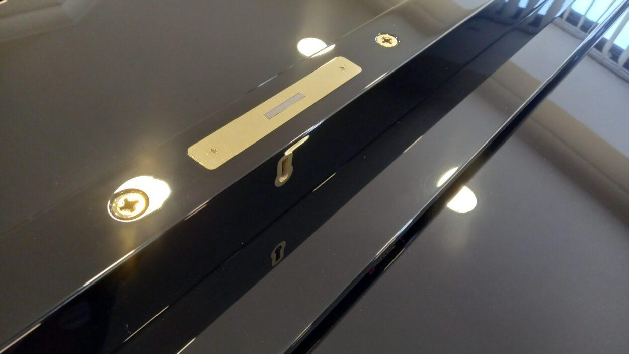 Yamaha C3 grand piano - lock