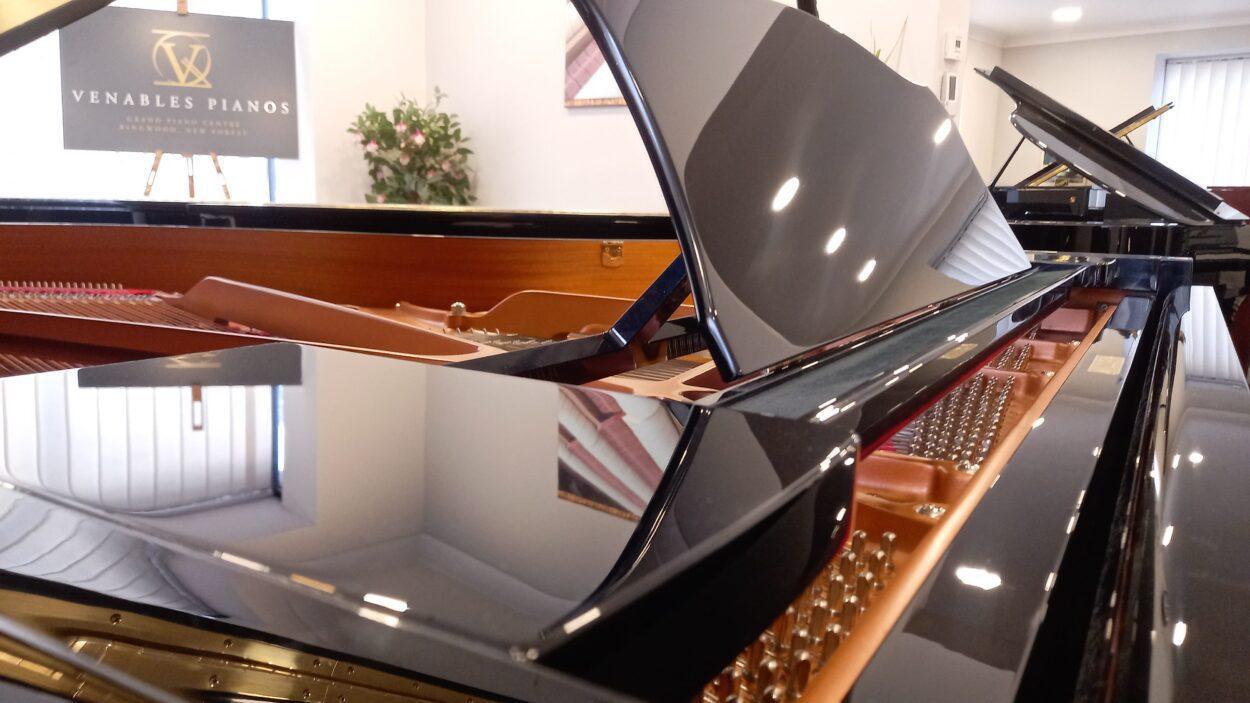 Yamaha C3 grand piano - candleboard