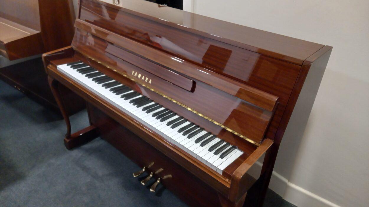 Yamaha M108NC Upright Piano Mahogany Polish